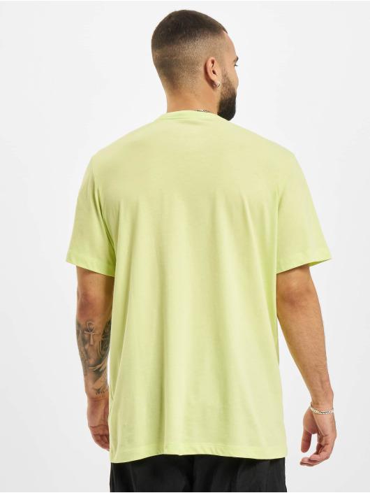 Nike Футболка Club желтый