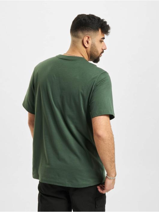 Nike Футболка M Nsw Alt Brand Mark 12Mo зеленый