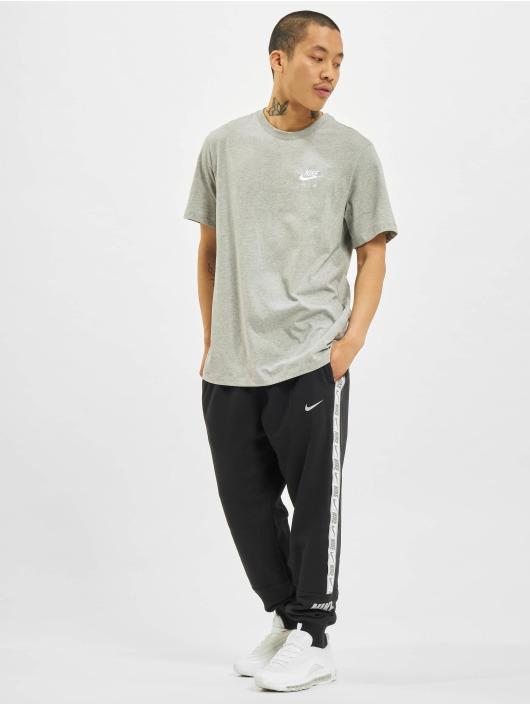 Nike Футболка Sportswear серый