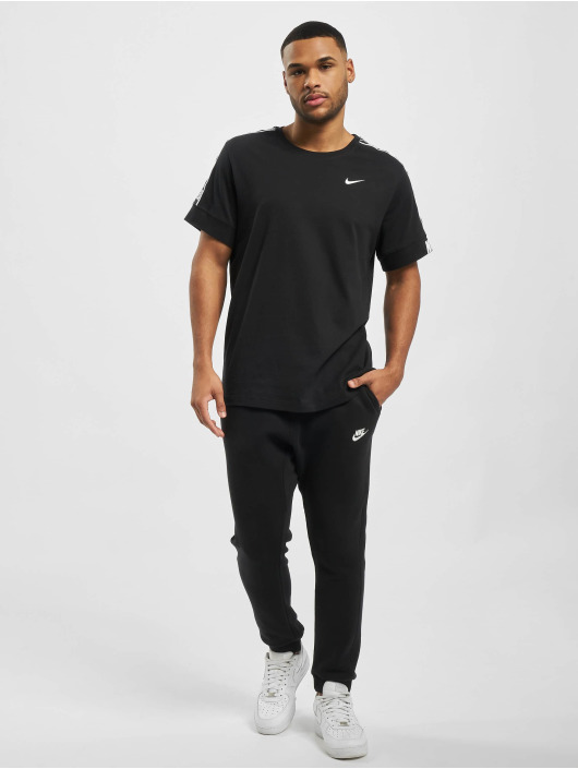 Nike Футболка M Nsw Repeat Ss черный