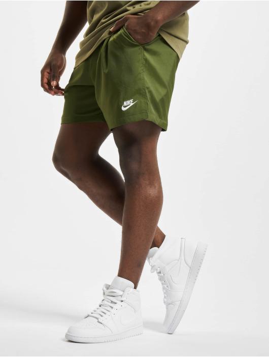 Nike Шорты Flow зеленый