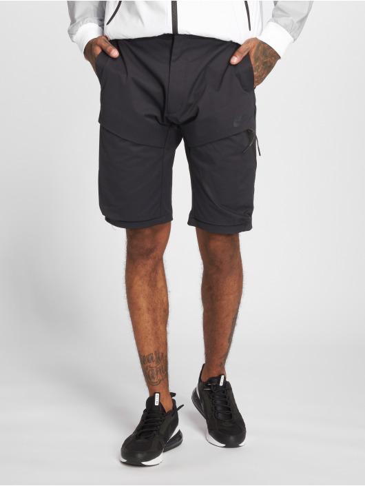Nike Шорты Sportswear Tech Pack черный