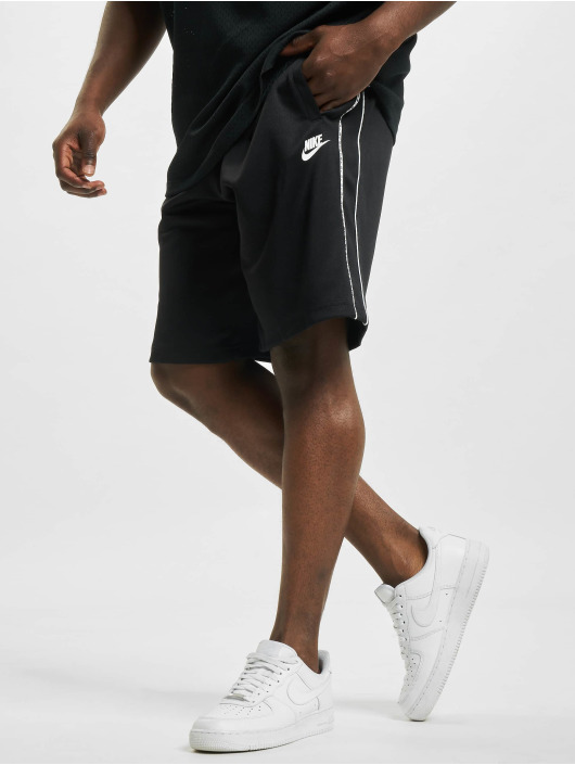 Nike Шорты Repeat черный