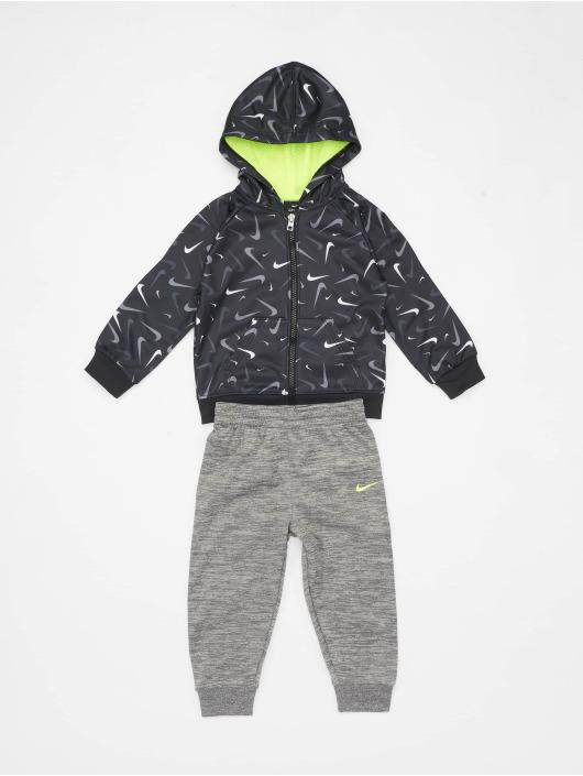 Nike Anzug Swooshfetti Parade Therma grau