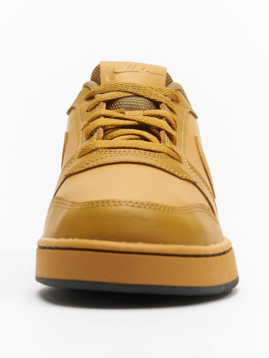 Nike Baskets Ebernon beige