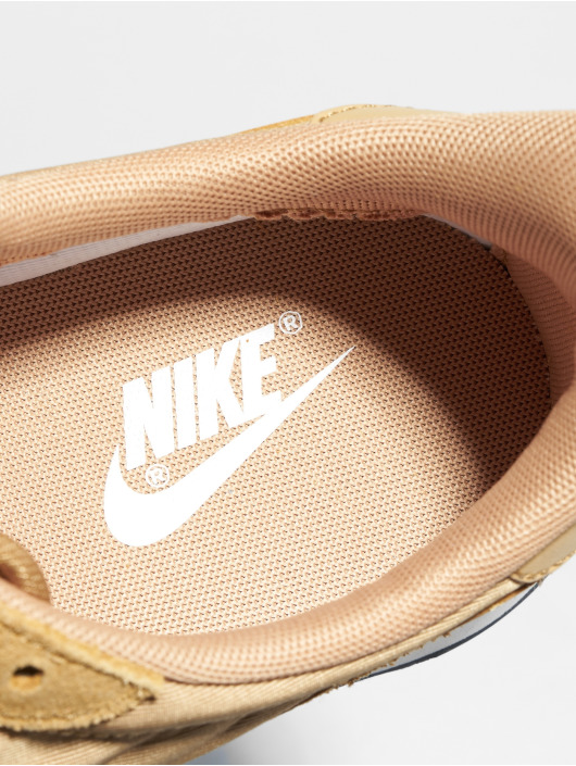 Nike Baskets Internationalist beige
