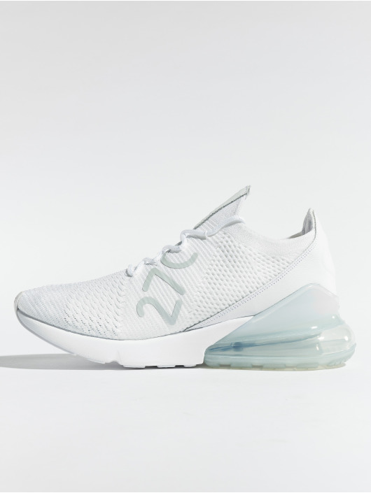 Nike Baskets Air Max 270 Flyknit blanc