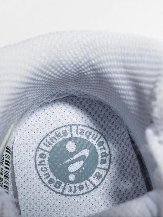 Nike Baskets Air Force 1 Mid TD blanc