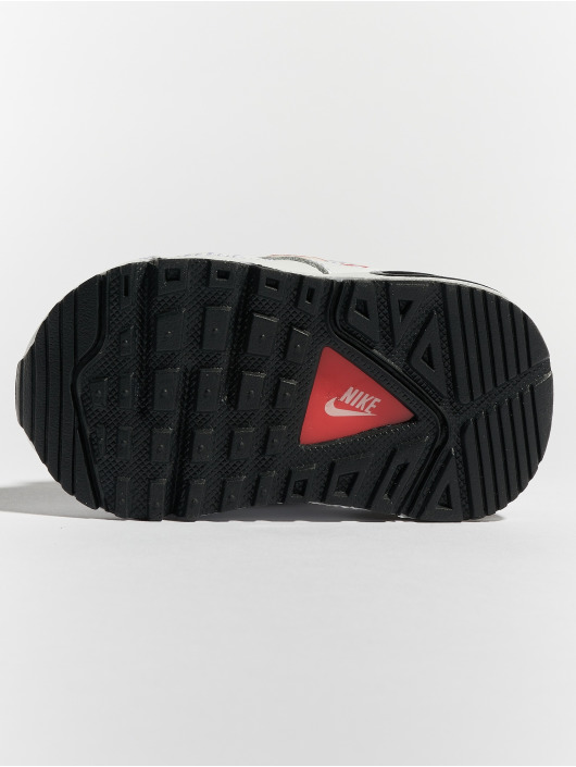 Nike Baskets Air Max IVO blanc