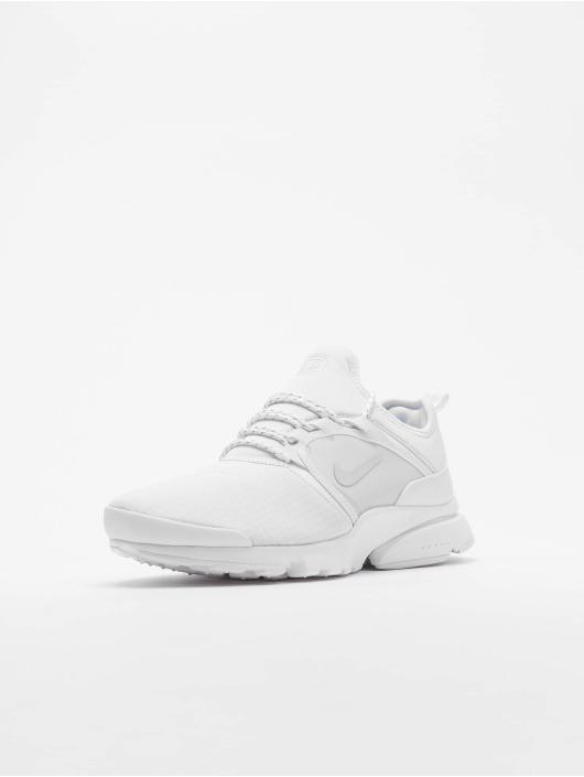 Nike Baskets Presto Fly World SU19 blanc