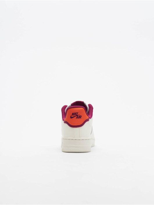 Nike Baskets Air Force 1 '07 SE blanc