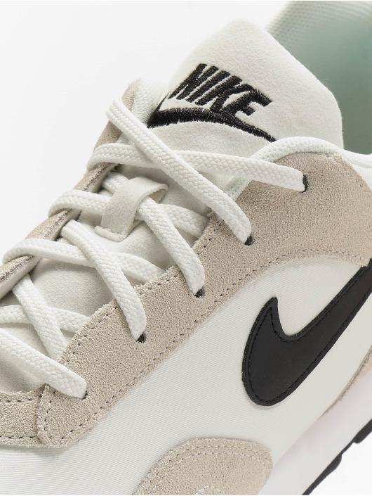 Nike Baskets Outburst blanc