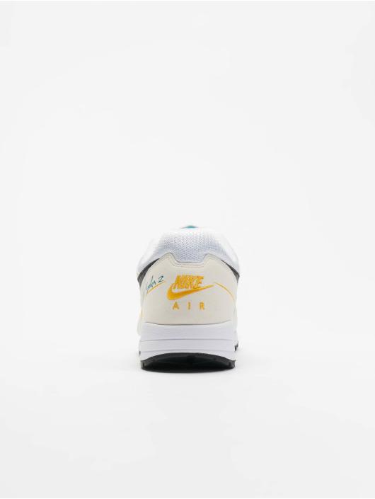 Nike Baskets Air Skylon II blanc