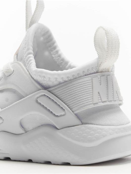 Nike Baskets Huarache Run Ultra (TD) blanc