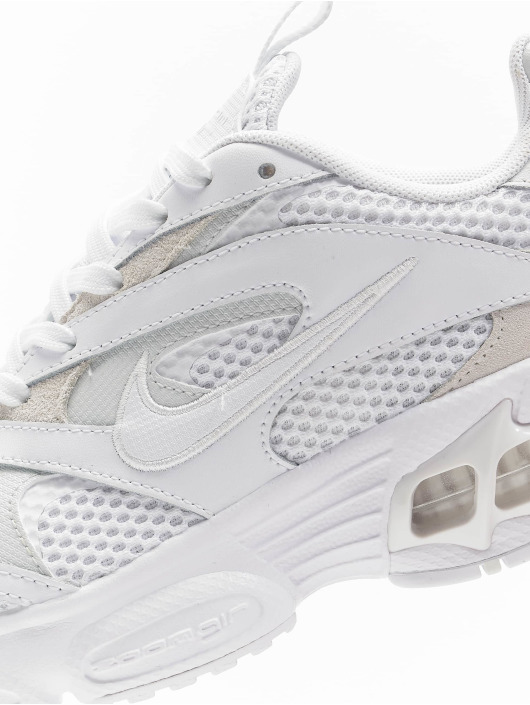 Nike Baskets W Zoom Air Fire blanc
