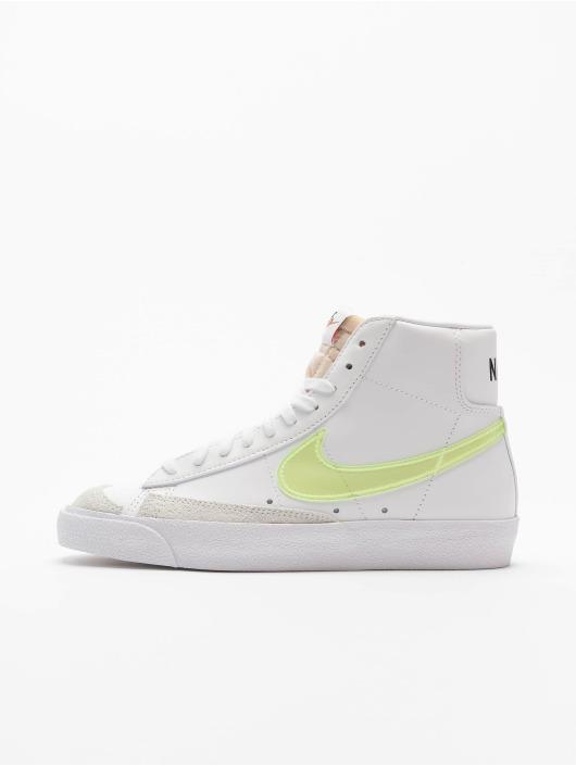Nike Baskets W Blazer Mid '77 Ess blanc
