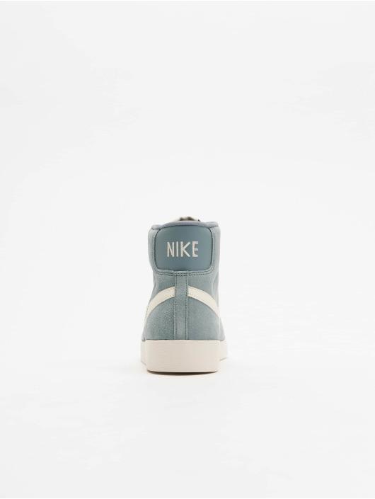 Nike Baskets Blazer Mid Vintage Suede gris