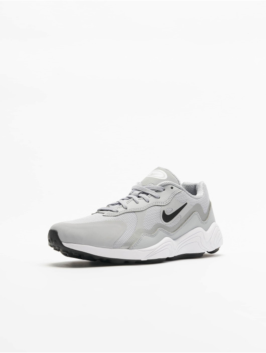 Nike Baskets Alpha Lite gris