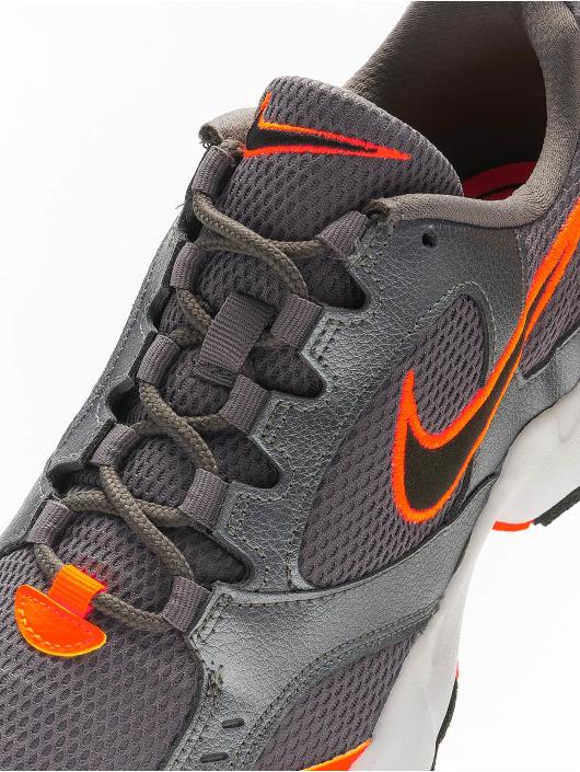 Nike Baskets Air Heights gris