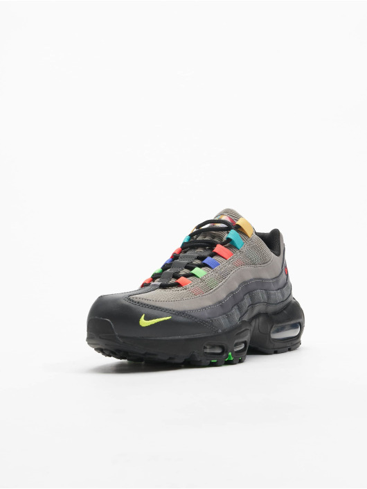 Nike Baskets Air Max 95 SE gris