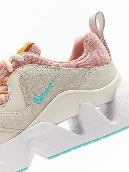 Nike Baskets Ryz 365 magenta