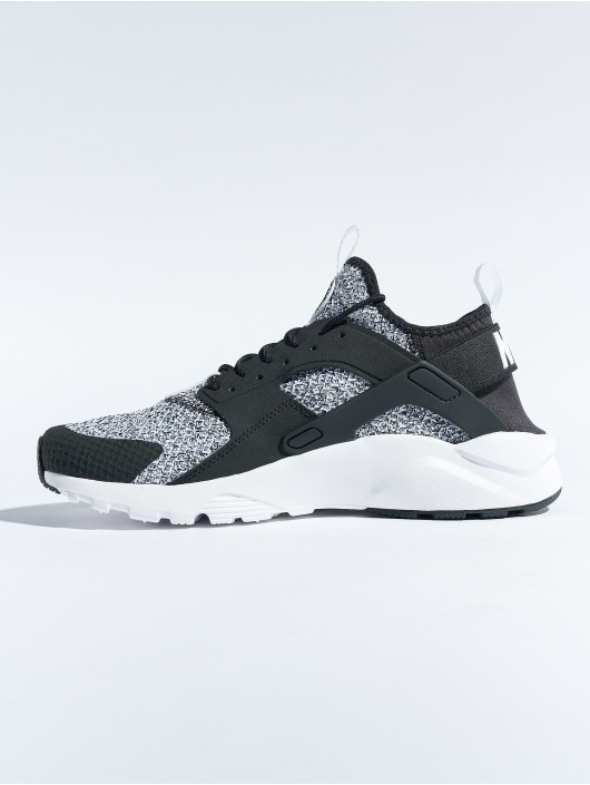 Nike Baskets Air Huarache Run Ultra Se noir