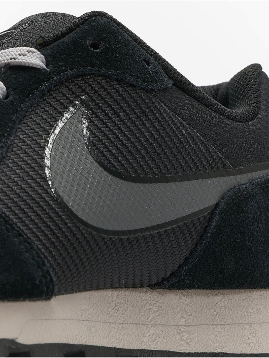 Nike Baskets Md Runner 2 Se noir