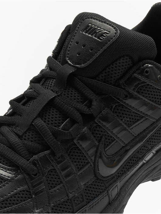 Nike Baskets P-6000 noir