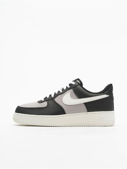 Nike Baskets Air Force 1 '07 noir
