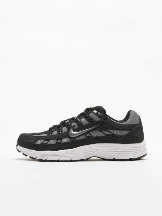 Nike Baskets P-6000 noir