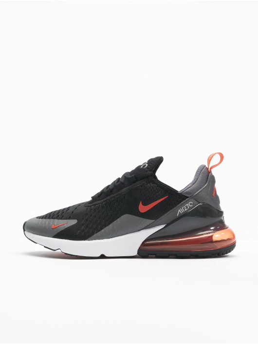 Nike Baskets Air Max 270 Ess noir