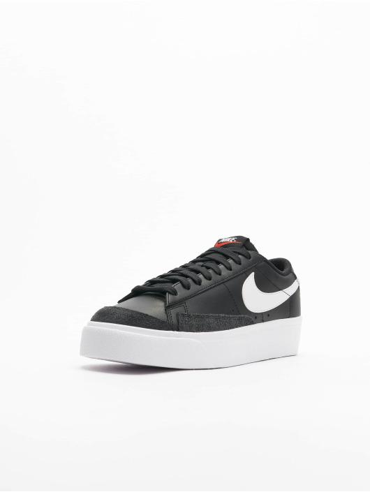 Nike Baskets Blazer Low Platform noir