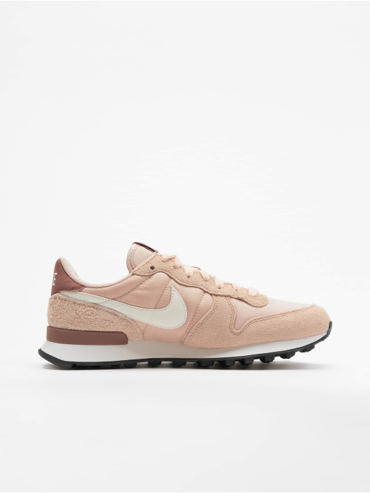 Nike Baskets Internationalist rose