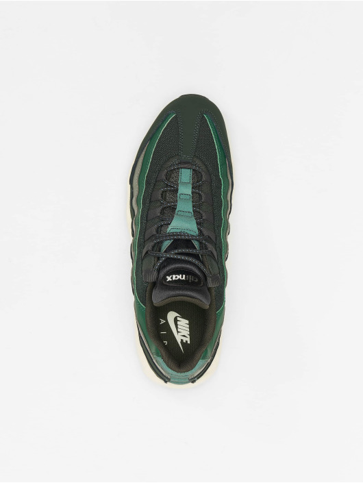 Nike Baskets Air Max 95 Essential vert