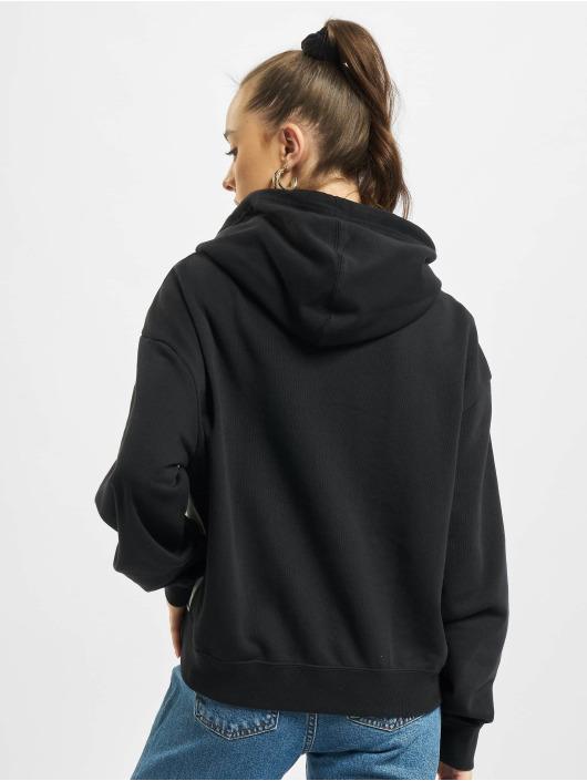 Nike Bluzy z kapturem W Nsw Heritage Flc czarny