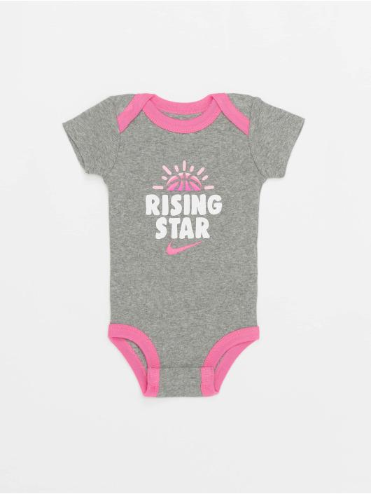Nike Body Nhn Rising Star šedá