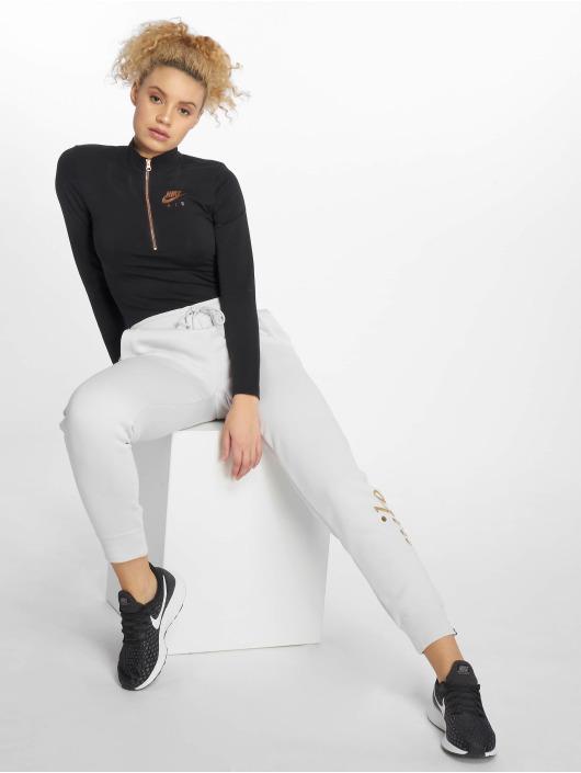 Nike Body Sportswear black