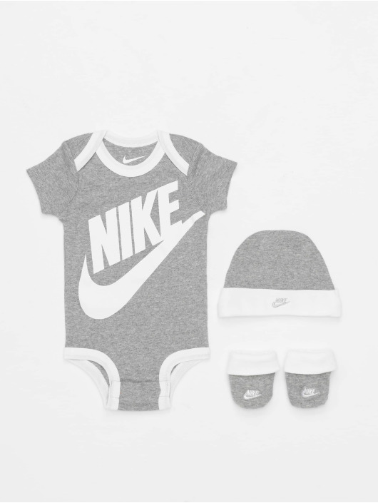 Nike Body Futura Logo 3PC Boxed grau