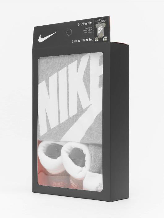 Nike Body Futura Logo 3PC Boxed gris