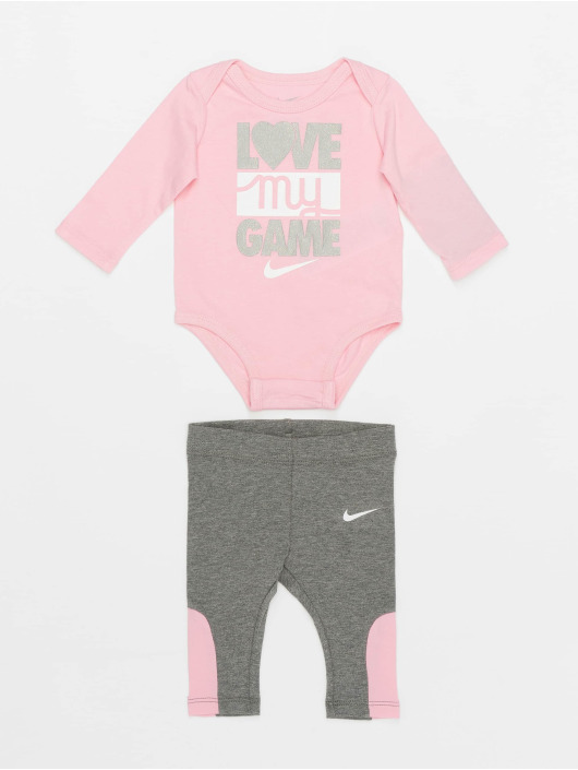 Nike Body Ls Love My Game gris