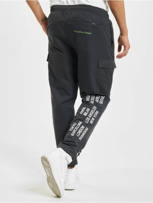Nike Cargohose Woven schwarz