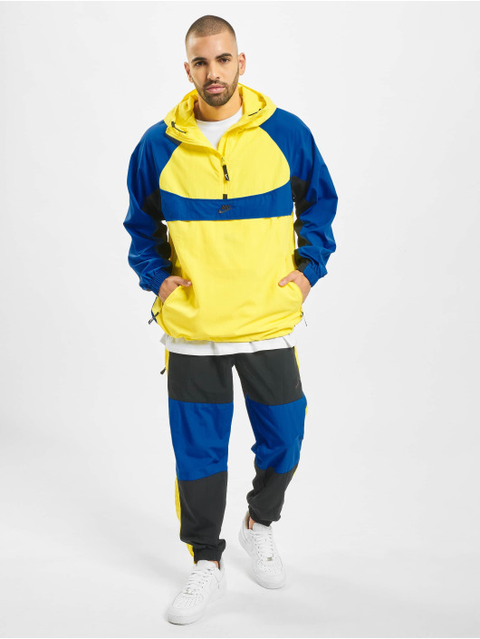 Nike Chaqueta de entretiempo Re-Issue HD amarillo