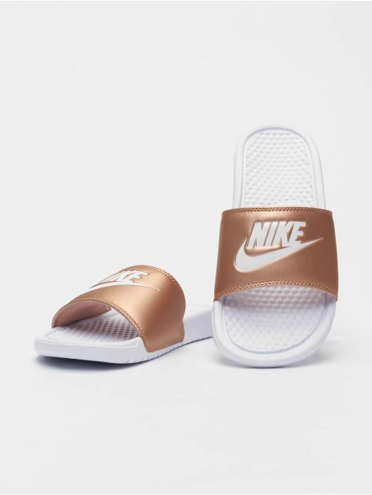 89468f11812a Nike | Benassi JDI blanc Femme Claquettes & Sandales 664182