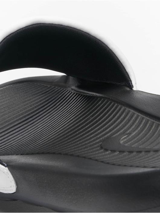 Nike Claquettes & Sandales Victori One Slide noir