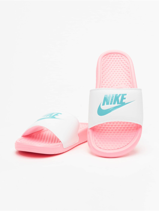Nike Claquettes & Sandales Benassi JDI rose