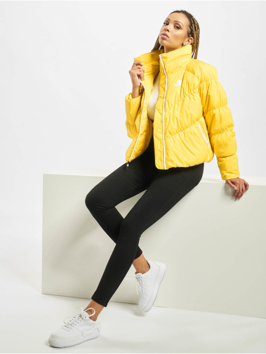 Nike Giacca invernale Down Fill giallo