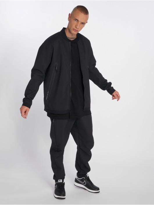 Nike Giacca Mezza Stagione Sportswear Tech Pack nero