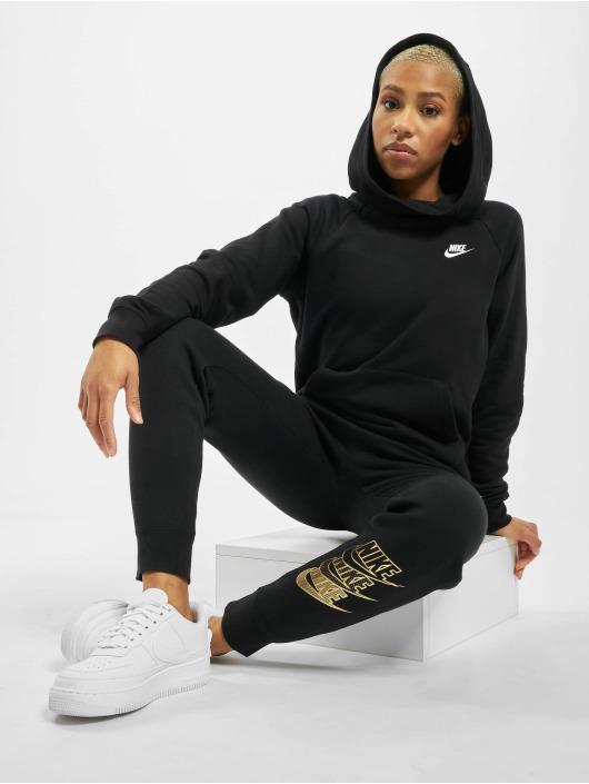 Nike Hoodie Essential PO Flecce svart