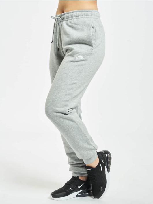 Nike Joggebukser Essential Regular grå