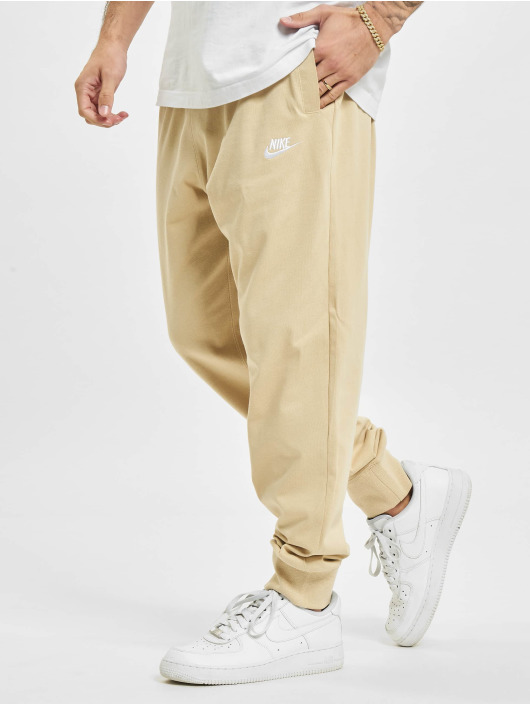 Nike Jogging Club beige